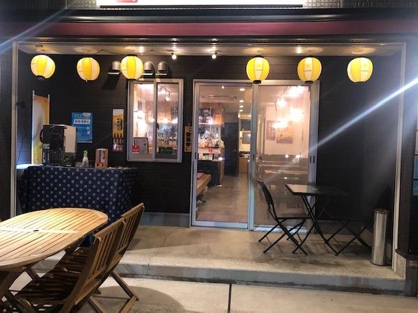 県道沿いの1階店舗(現在、お好み焼き店営業中)
